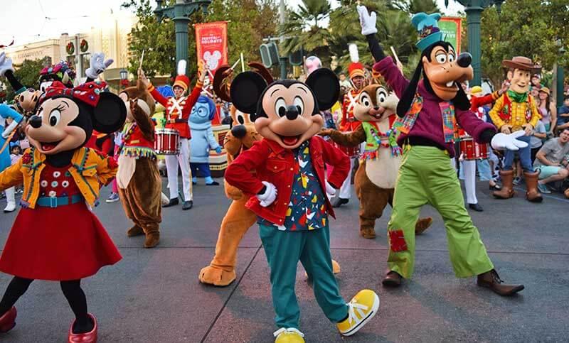 Disney's Festival of Holidays-Mickey's Happy Holidays show