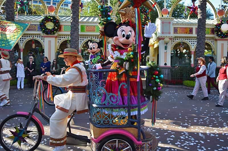 Disney's Festival of Holidays-viva navidad