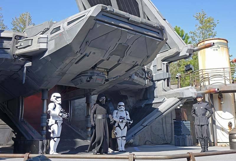 Star Wars: Galaxy's Edge at Disney World - Kylo Ren Show