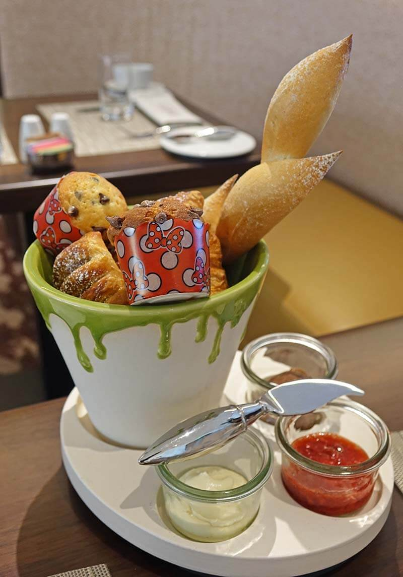 Topolino's Terrace - Flavors of the Riviera - Assorted Pastries