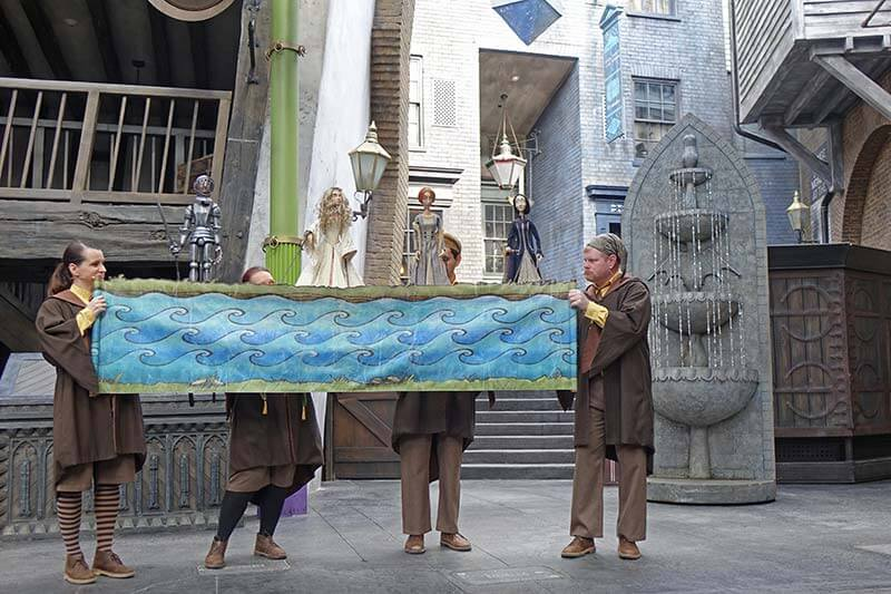 Enchanting Entertainment in The Wizarding World of Harry Potter at Universal Orlando Resort