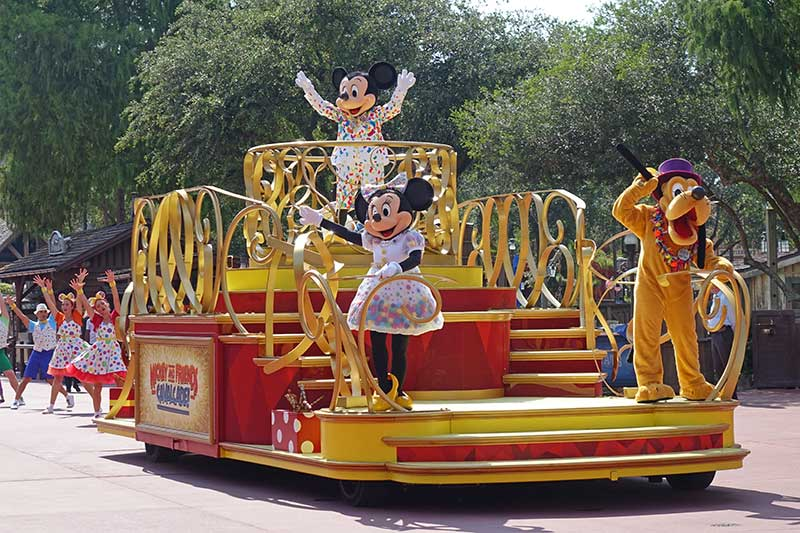 How to Get Your Disney World Character Fix Right Now