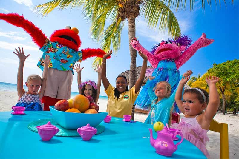 Our Top Tips for Taking Toddlers to Beaches Resorts
