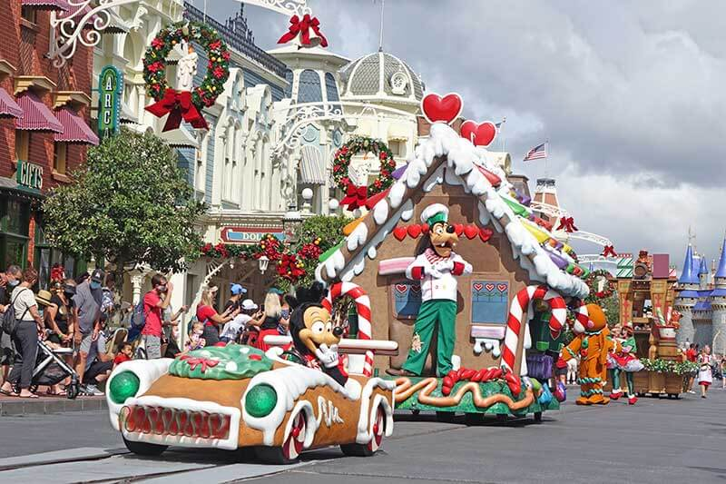 Our Guide to Christmas at Magic Kingdom Park