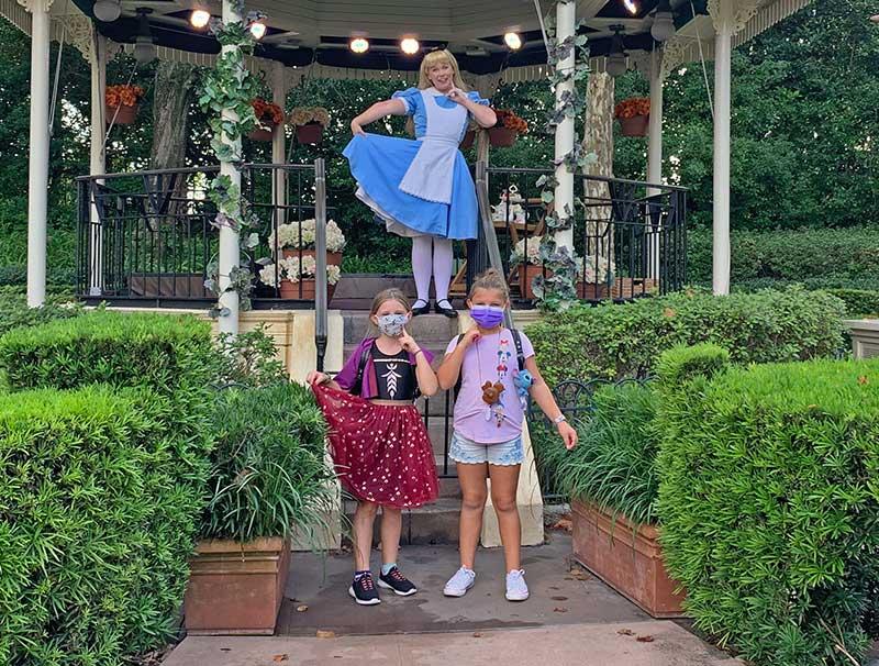Girls Meeting Alice