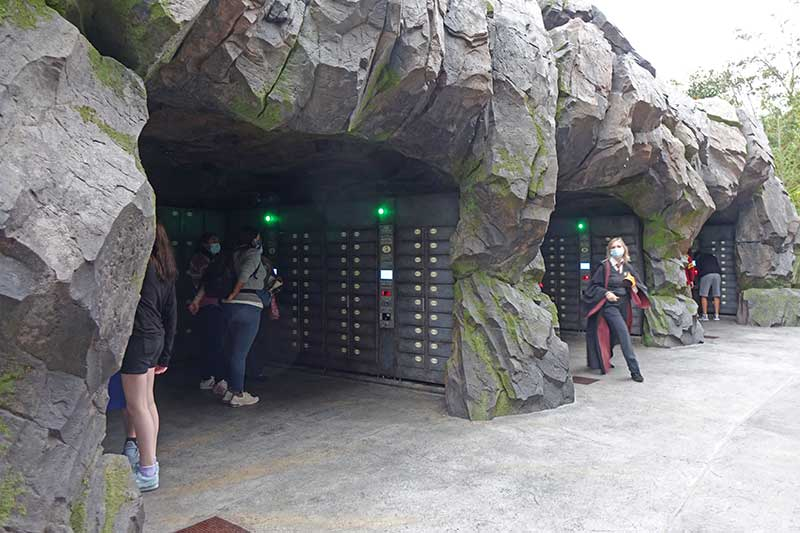 Learn All About Universal Orlando's Bag Policy and Locker System