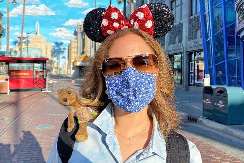 ~Hopful~ Tips for Wearing Masks at the Theme Parks (Plus Which Parks No Longer Require Masks Outdoors)