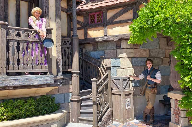 Tips for Meeting Your Favorite Disneyland Characters (And Where to Find Them!)