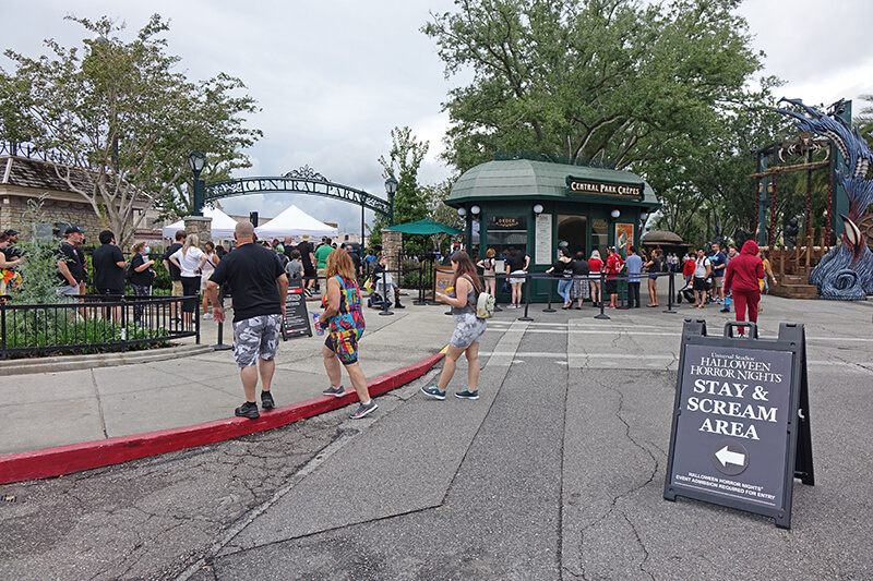 How to Use Early Entry for Halloween Horror Nights at Universal Orlando