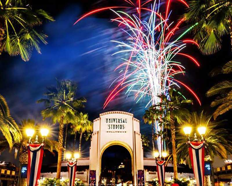 Fourth of July Fireworks Return to Universal Studios Hollywood and Other Theme Parks