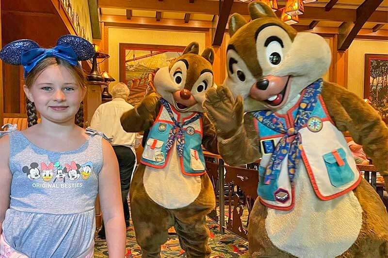 Disneyland Character Dining: Mickey's Tales of Adventure at Storytellers Café