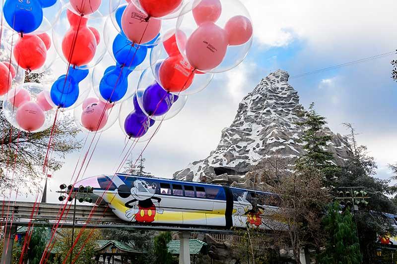 The Iconic Disneyland Monorail Speeds Back into Action — Plus More Entertainment Returns to Disneyland!