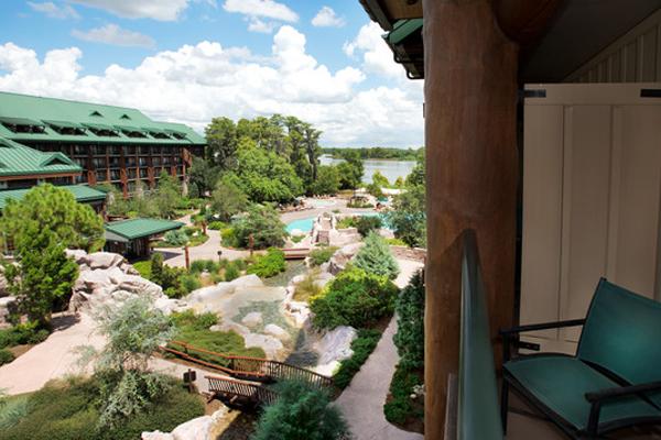 Disney S Wilderness Lodge Walt Disney World Undercover Tourist
