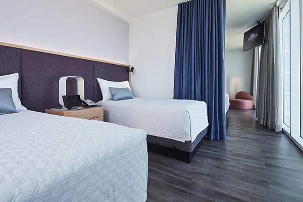 Universal S Aventura Hotel Orlando Hotels Undercover