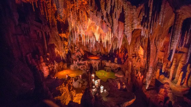 Big Thunder Mountain Railroad® Attraction