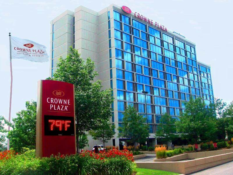 Chicago Discount Hotels | Deluxe, Moderate & Value Disney Hotels