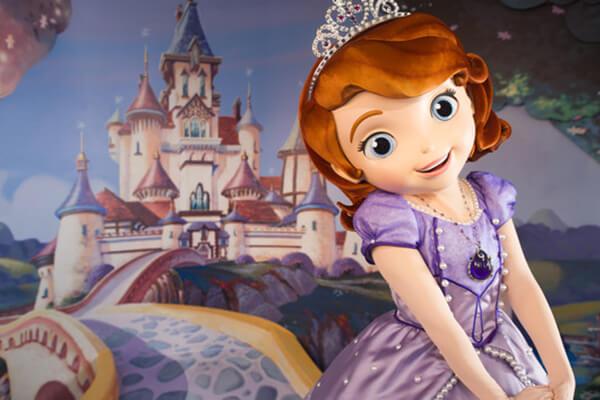 Disney Junior Pals in the Animation Courtyard