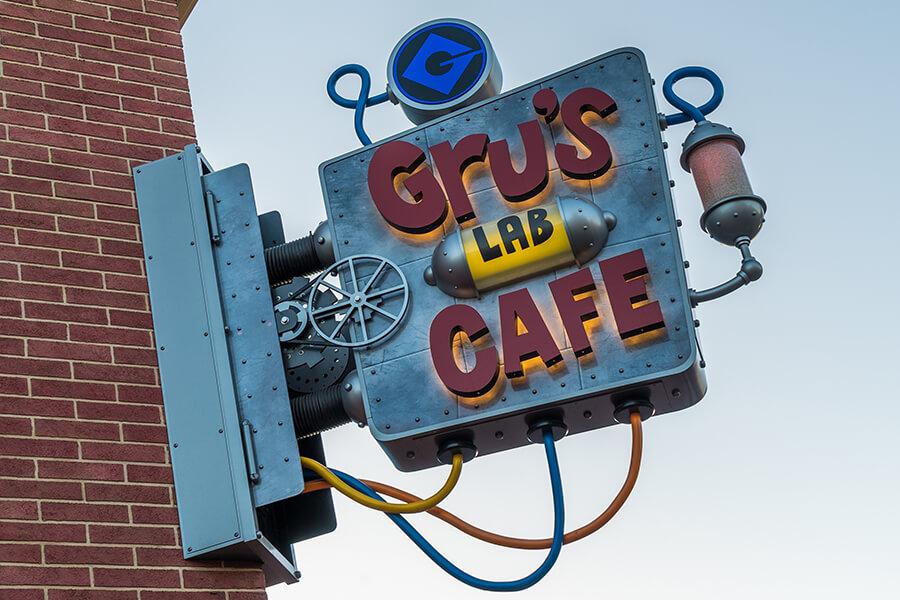 Gru's Lab Café