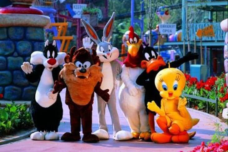 Looney Tunes Meet & Greets Near Wascal's