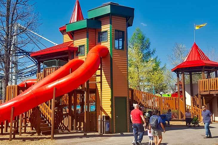Maple Park Treehouse