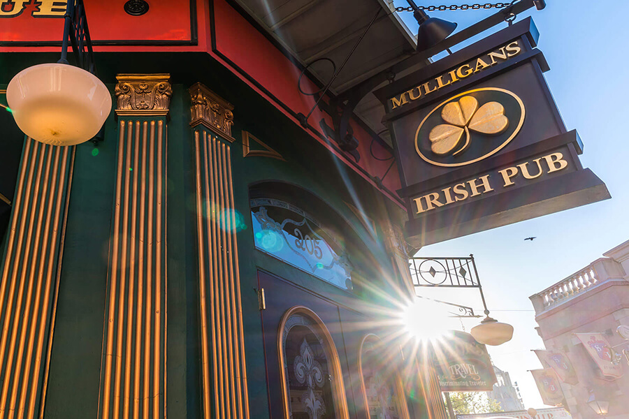 Mulligan's Irish Pub