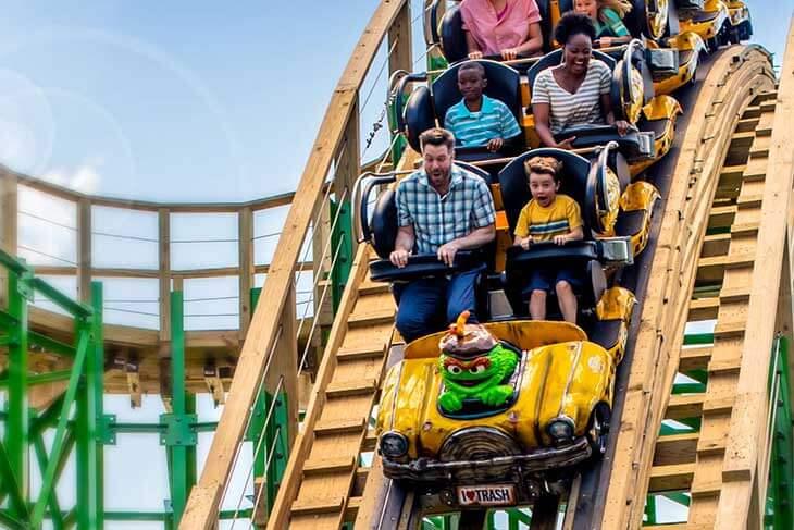 Oscar's Wacky Taxi Roller Coaster