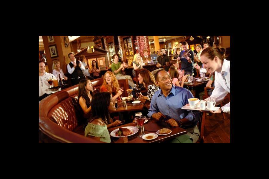 Raglan Road™ Irish Pub and Restaurant