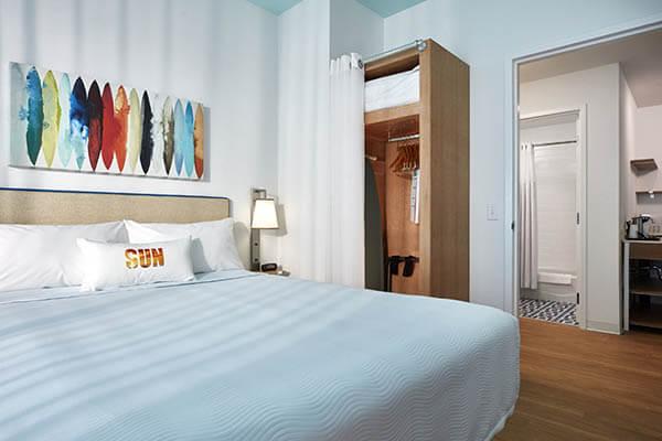 Universal's Endless Summer – Surfside Inn & Suites | Orlando