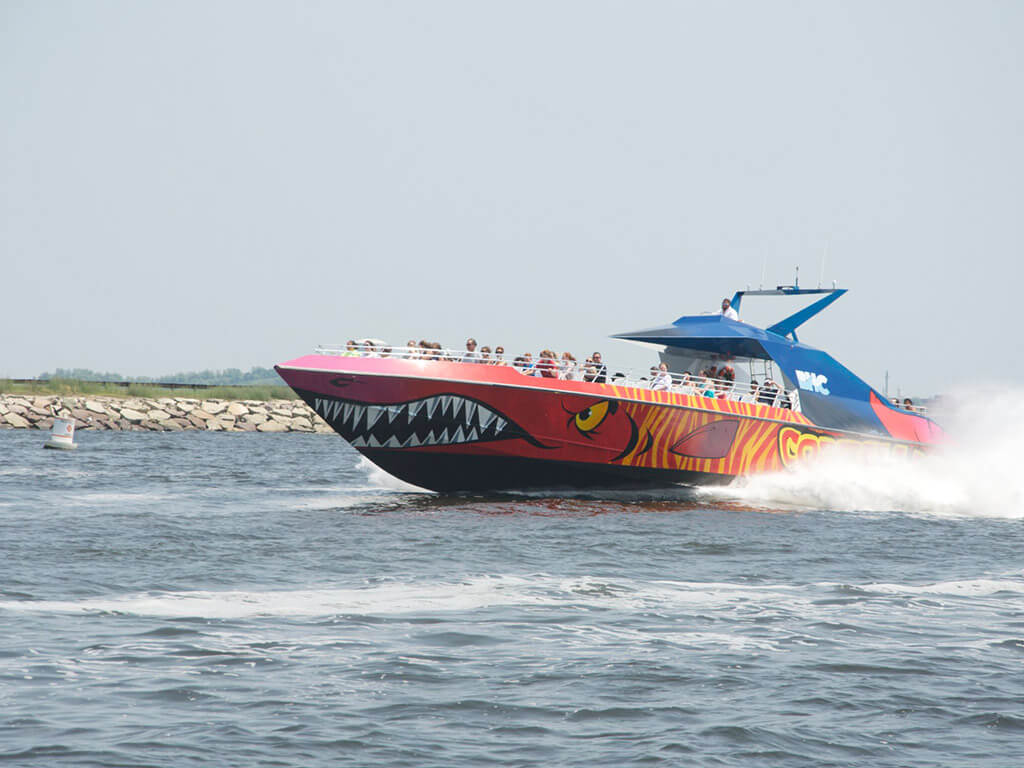 Codzilla Thrill Boat Ride