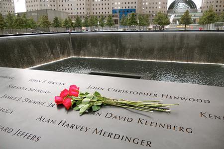 9/11 Ground Zero Tour and 9/11 Museum Entry