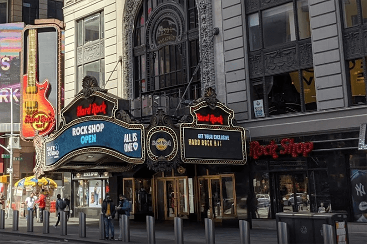 Madame Tussauds New York: Ultimate Celebrity Experience with Hard Rock Cafe