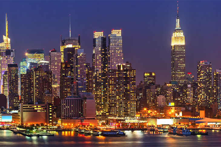 USA Guided Tours: Big Apple in Lights Bus Tour