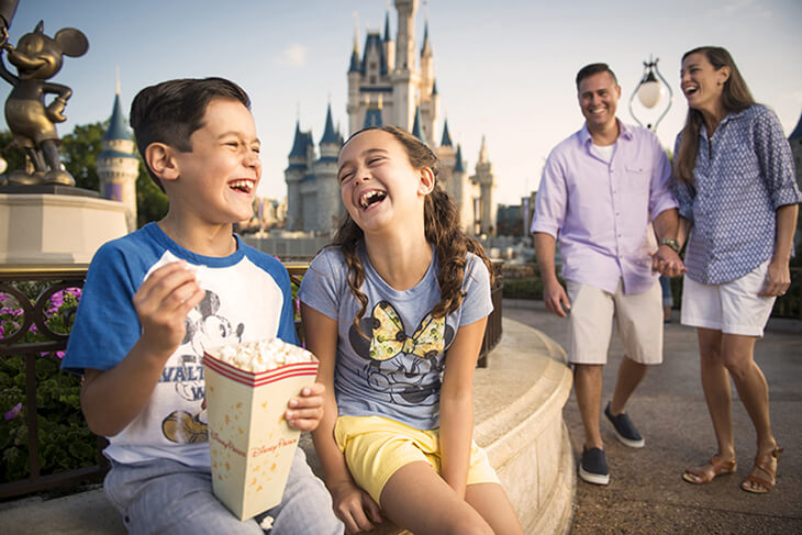 4-Day Disney Flexible Date Base Ticket - with 2 Extra Days