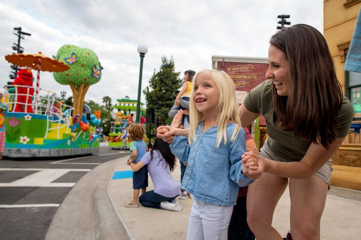 SeaWorld Orlando & Busch Gardens Tampa 2-Park Ticket with All Day Dine (BLACK FRIDAY SALE)