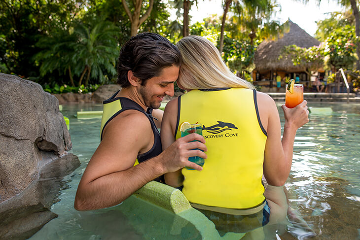 Discovery Cove - Ultimate Day Resort Package + FREE $50 Gift Card (PROMO FREE GIFT CARD)