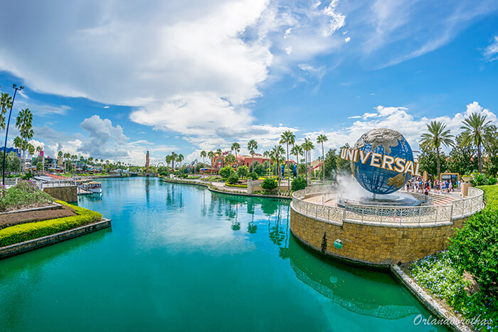 Universal 4-Day Park-to-Park Ticket + 3rd Park FREE (PROMO)