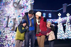 Busch Gardens Williamsburg Christmas Town Fun Card