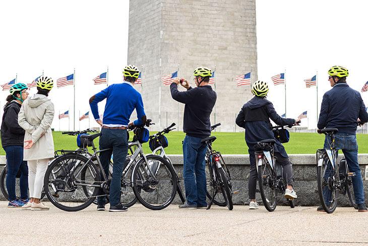 Unlimited Biking: Monuments and Memorials Bike Tour