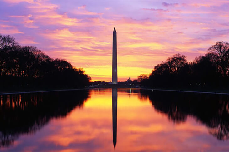 USA Guided Tours: D.C. at Dusk Bus Tour