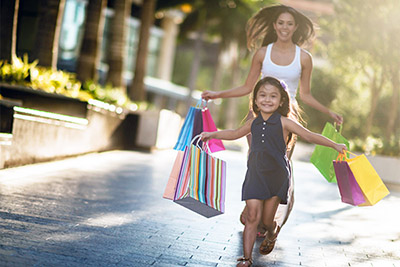 Miami mother daughter shopping